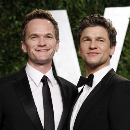 Hollywood actor Neil Patrick Harris weds his boyfriend