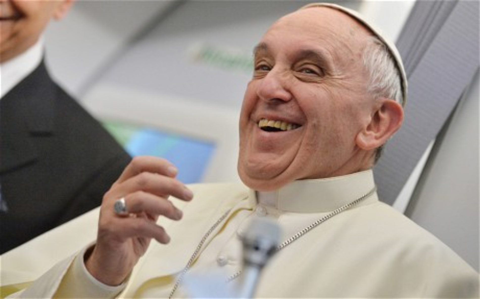 Gay rights groups laud new Catholic tone