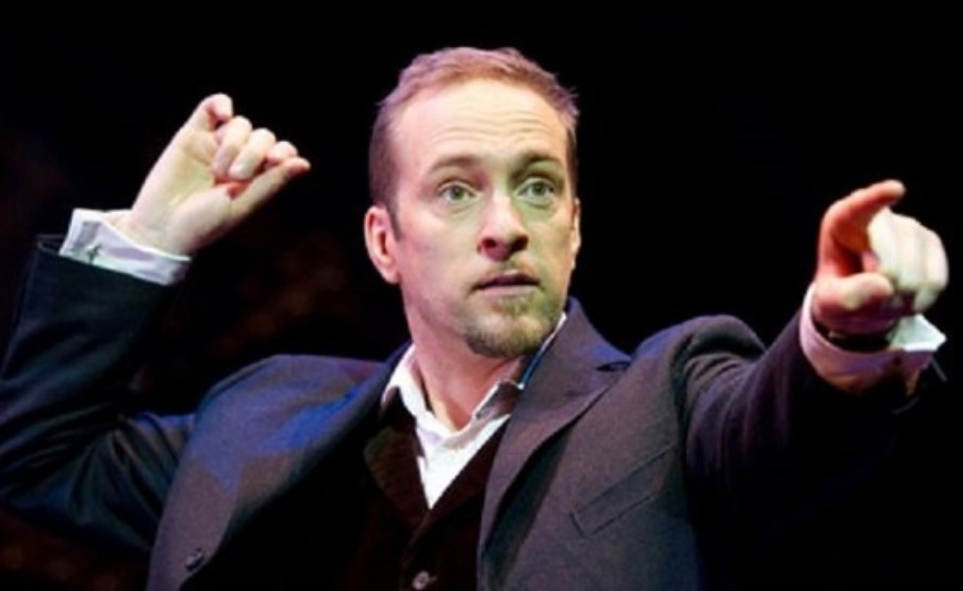 The Perfect Response Gay Magician Derren Brown Gave to shut down a Homophobic Troll