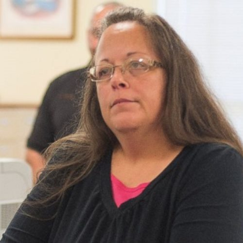 PHOTOS: The Best Kim Davis Memes (So Far)