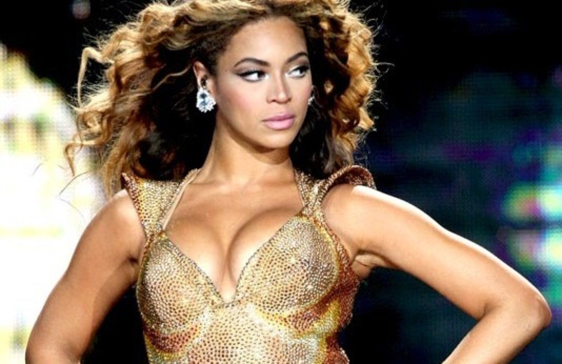 Beyoncé Accused Of Abandoning Gays In Their Time Of Need