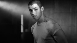 Nick Jonas 04
