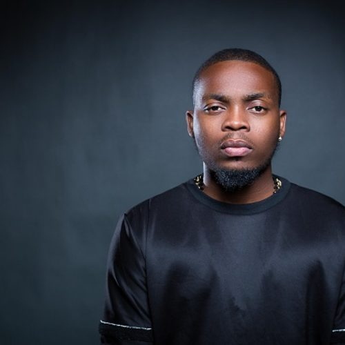 Americans call Olamide gay for wearing sandals