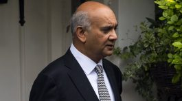 A Sunday Newspaper Exposes Keith Vaz MP Paying For Male Escorts