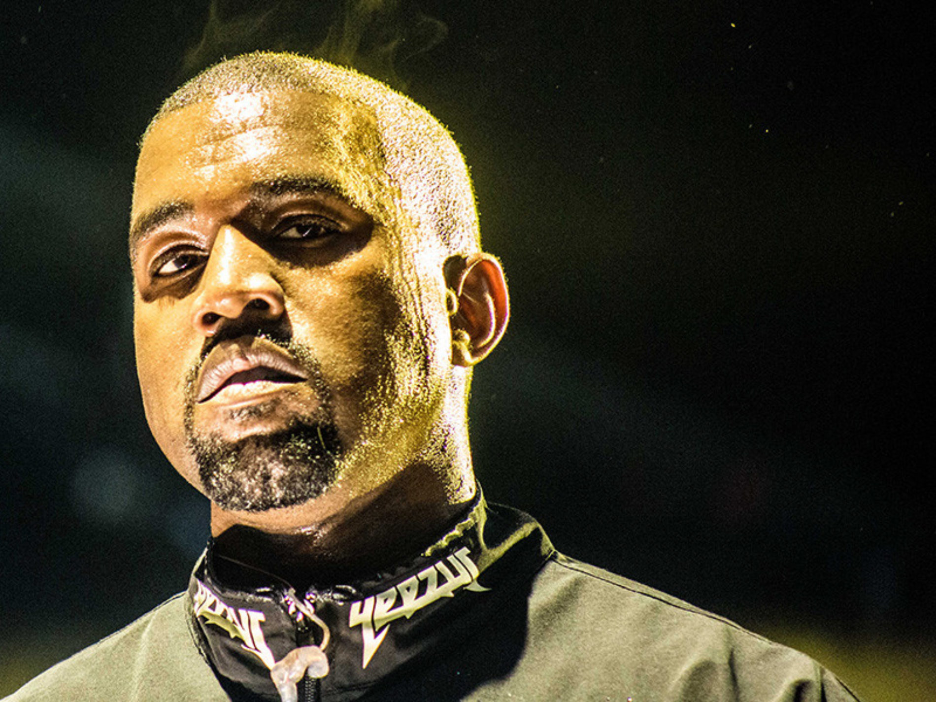 Kanye West goes on another stage rant against Beyoncé and Jay Z, Fans react on twitter