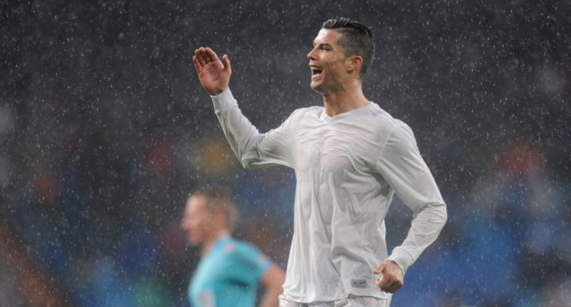 Cristiano Ronaldo targeted with homophobic abuse during game