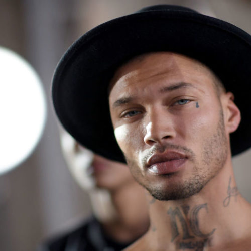 "The ""Hot Felon"" Jeremy Meeks makes his NY Fashion Week debut"