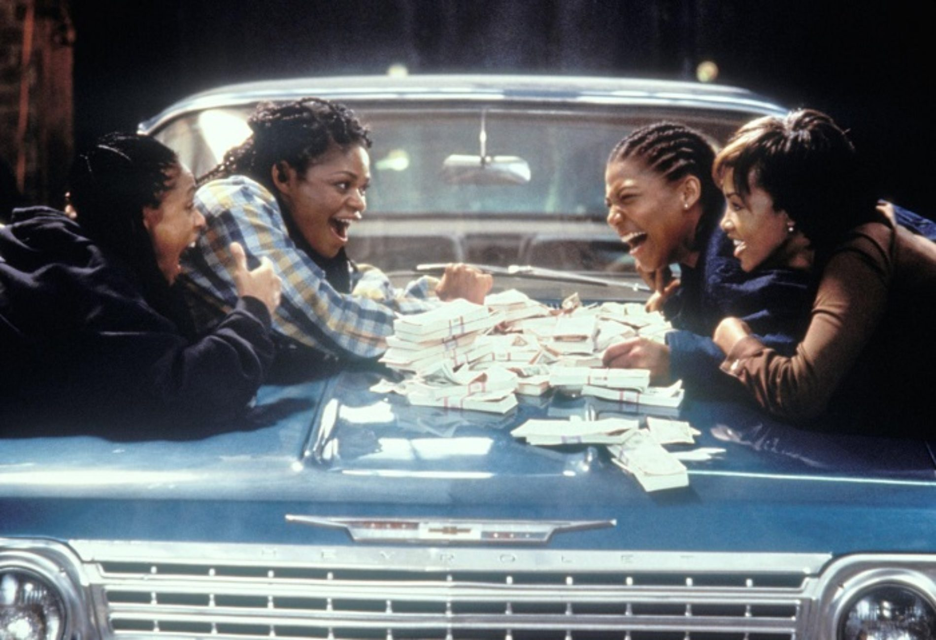 """It was a 'hard decision' to take gay role in 1996's Set it Off,"" Says Queen Latifah"