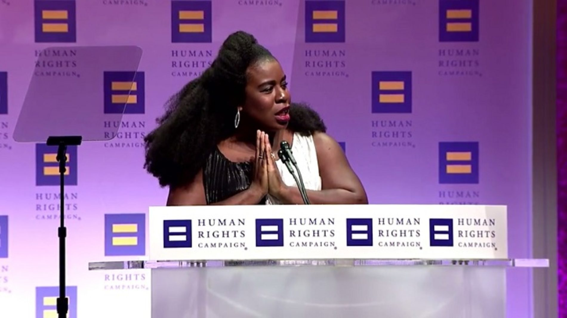 """You Are Loved. Period!"" Uzo Aduba gives rousing speech while receiving Ally for Equality Award, references Nigerian LGBT"