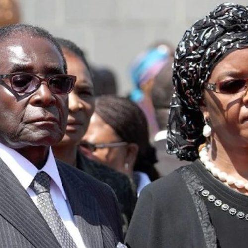 Robert Mugabe's grip on Zimbabwe decline with military taking control