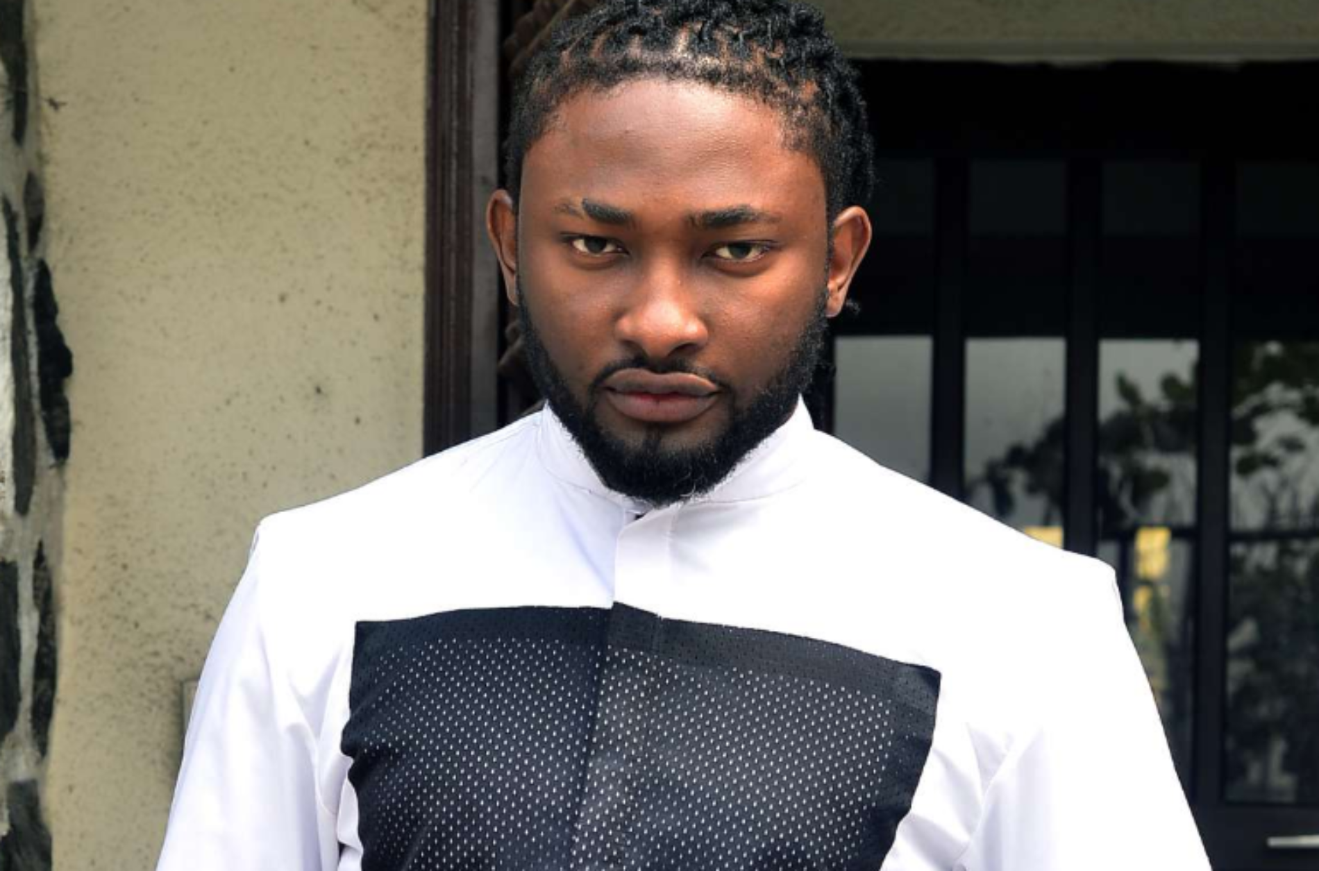 Uti Nwachukwu says a Prayer For Nigerians