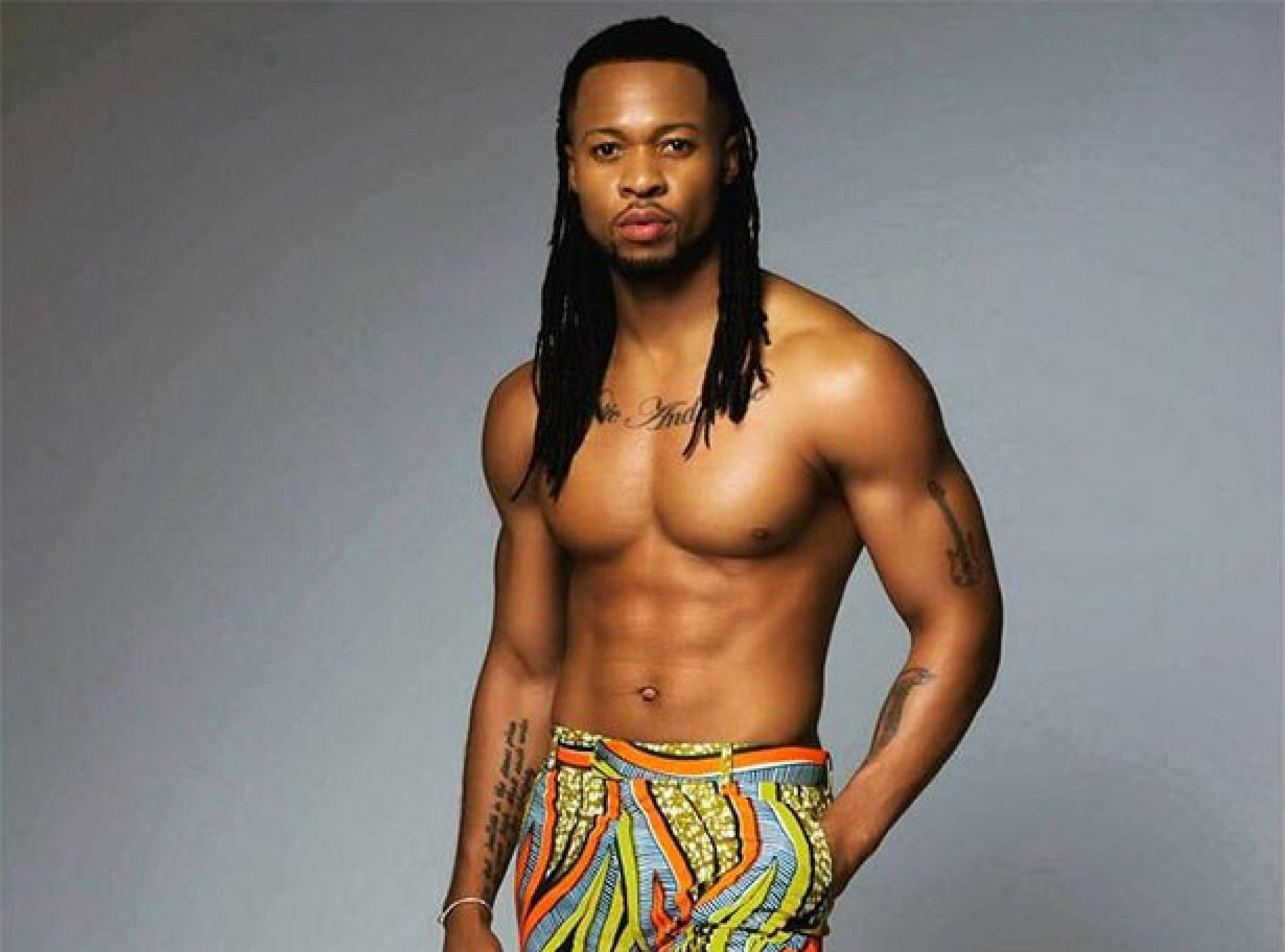 """Is it just me or is Flavour gay?"" Instagram troll comes for singer Flavour, incurs the wrath of his fans"