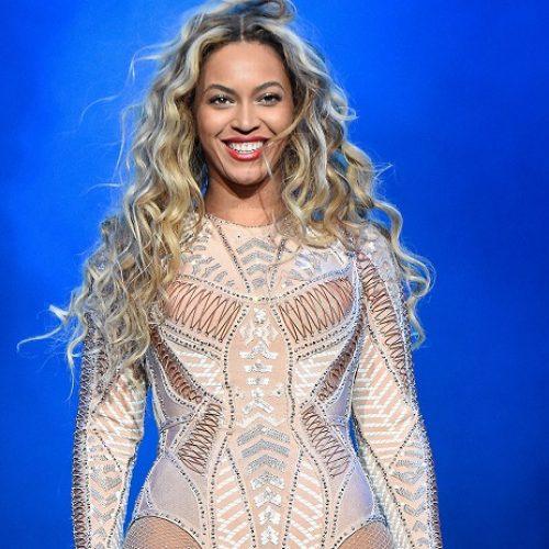 Imagine A World Where Beyoncé Likes Girls