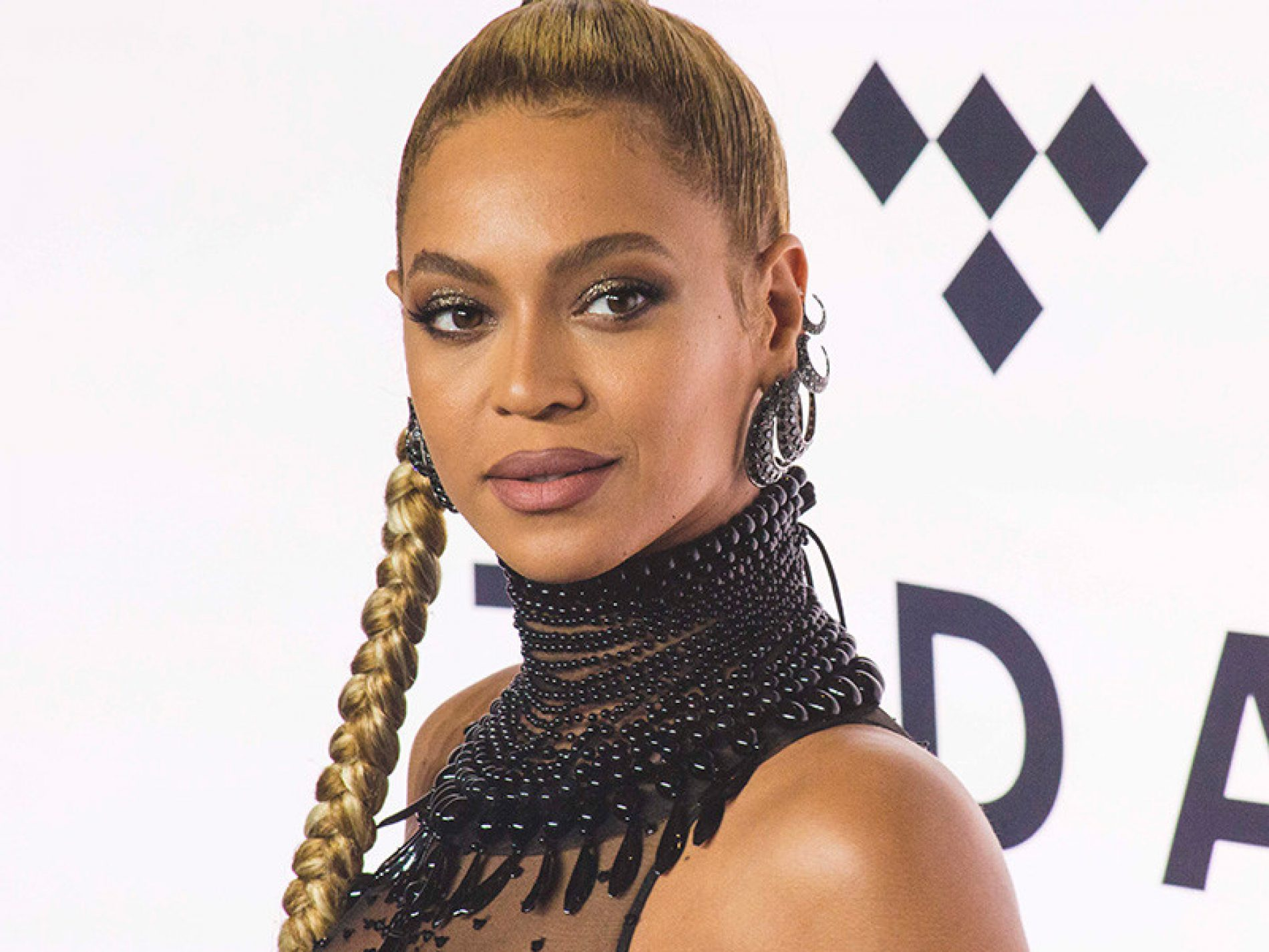 Some Scientist Had The Nerve To Rank Beyoncé As The Second Most Beautiful Woman On Earth