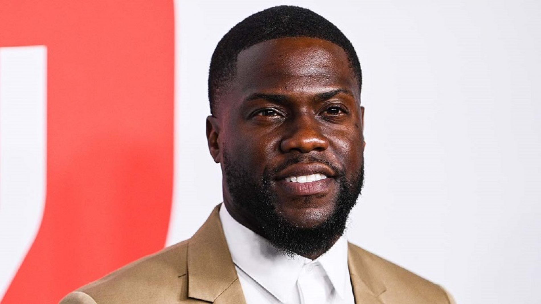 """Kevin Hart Addresses the Aftermath of Oscars Controversy, Admits He Was """"Immature"""""""