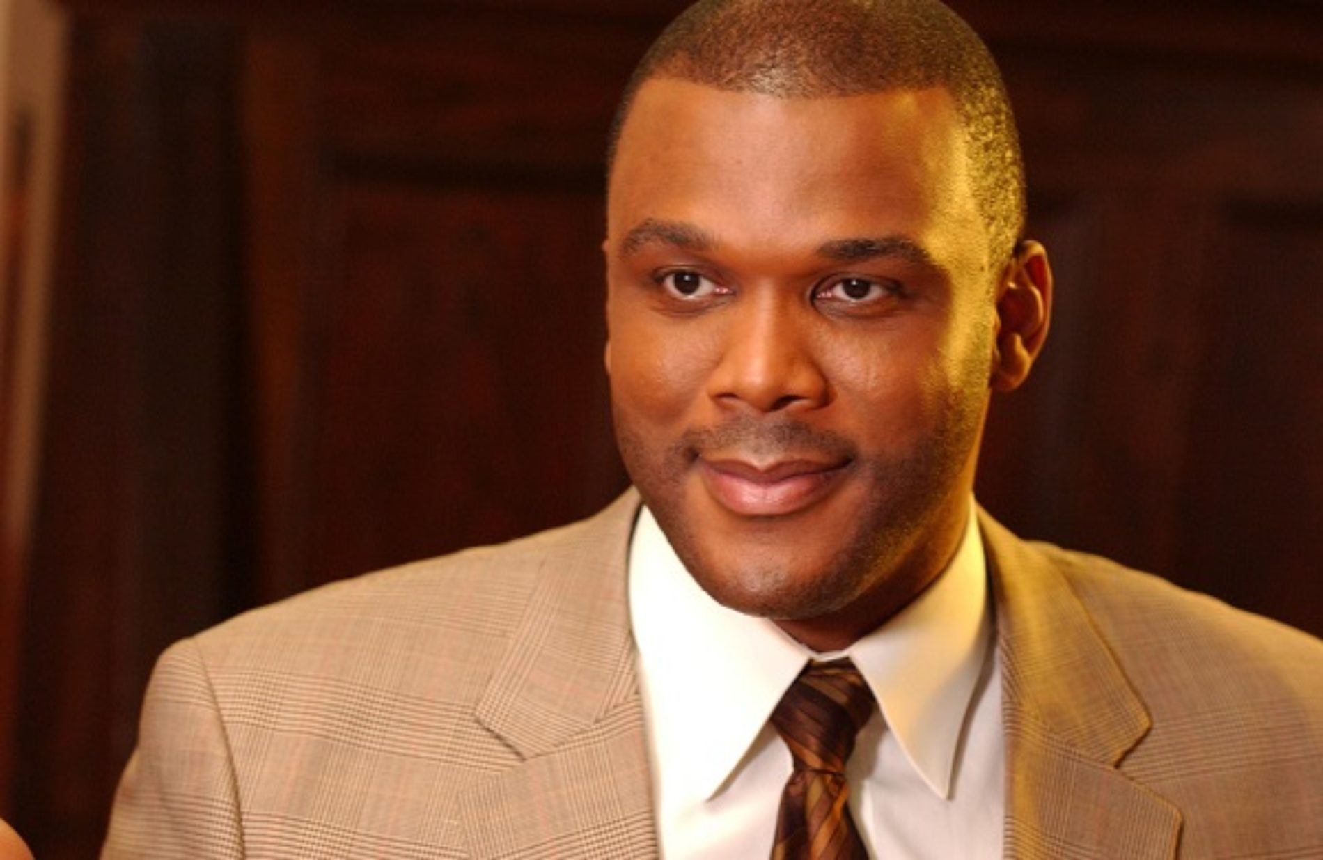 Tyler Perry confirms he and girlfriend are having a baby