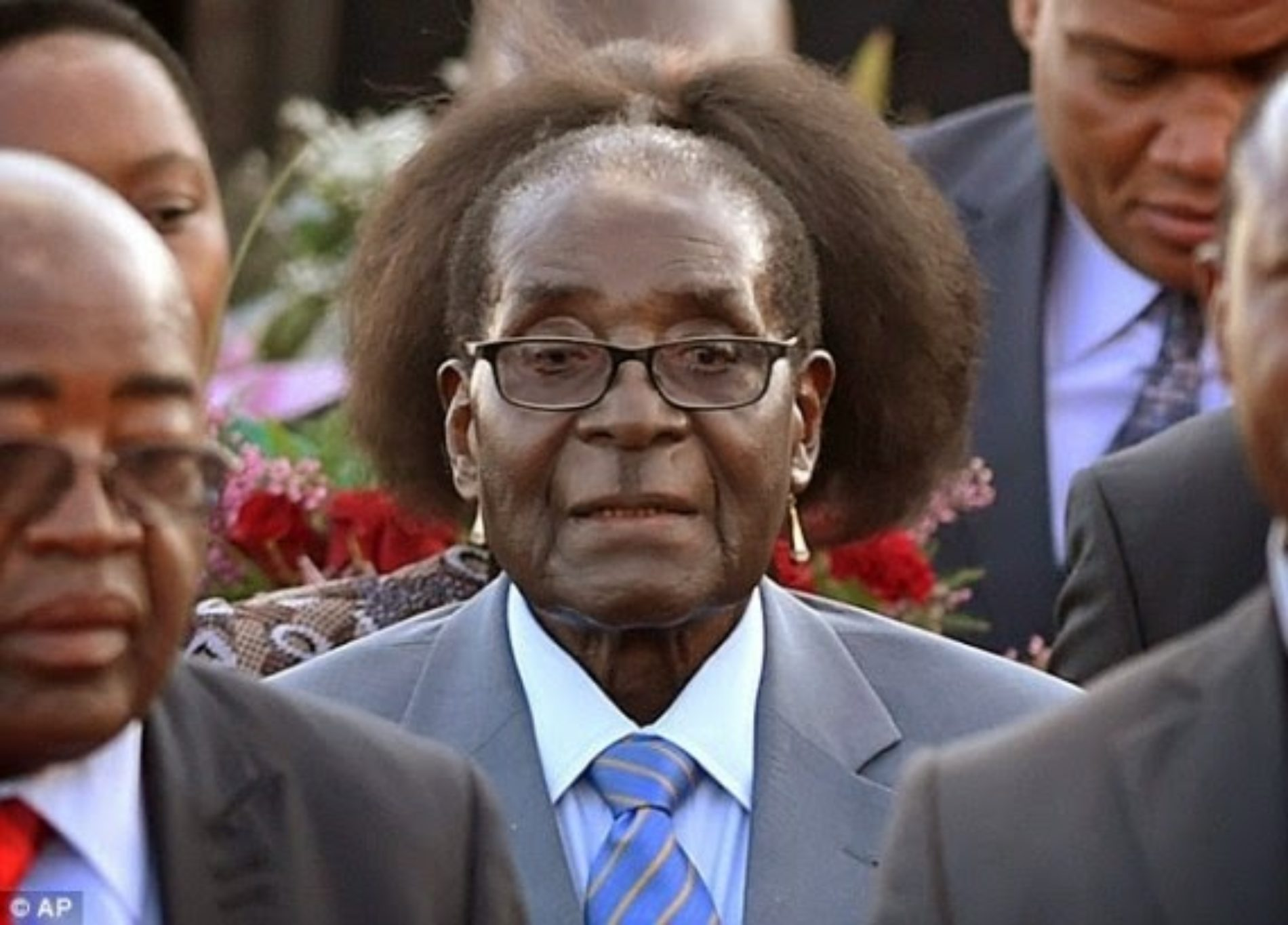 President Mugabe Probably Isn't Too Happy About This Photo
