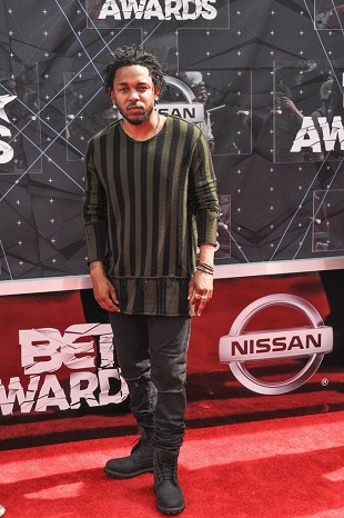 06/28/2015 - Kendrick Lamar - 2015 BET Awards - Arrivals - Microsoft Theater - Los Angeles, CA, USA - Keywords: full length, rapper Orientation: Portrait Face Count: 1 - False - Photo Credit: Aaron J. Thornton / PR Photos - Contact (1-866-551-7827) - Portrait Face Count: 1