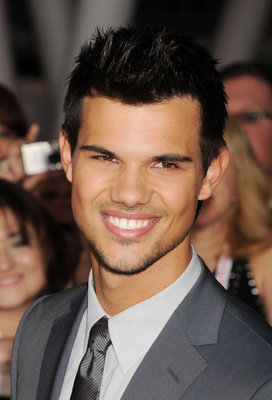 TAYLOR LAUTNER US film actor in November 2012. Photo Jeffrey Mayer