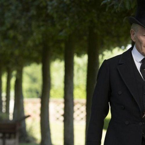 Sir Ian McKellen Calls On All Closeted Actors To Throw Open Their Doors