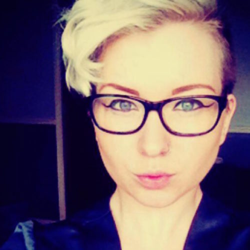 This Lesbian opens up about sleeping with 100 men to try and 'make' herself straight