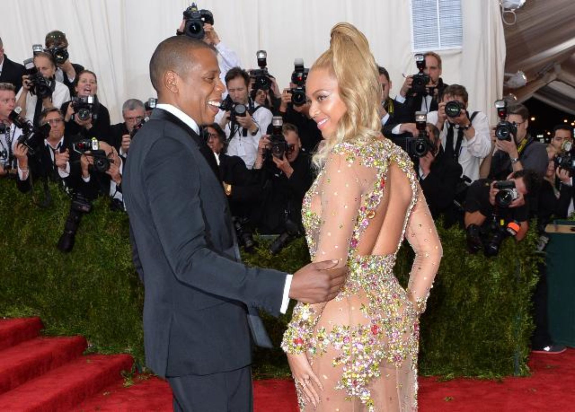 Beyoncé And Jay Z Are The World's Highest-Paid Celebrity Couple Of 2016