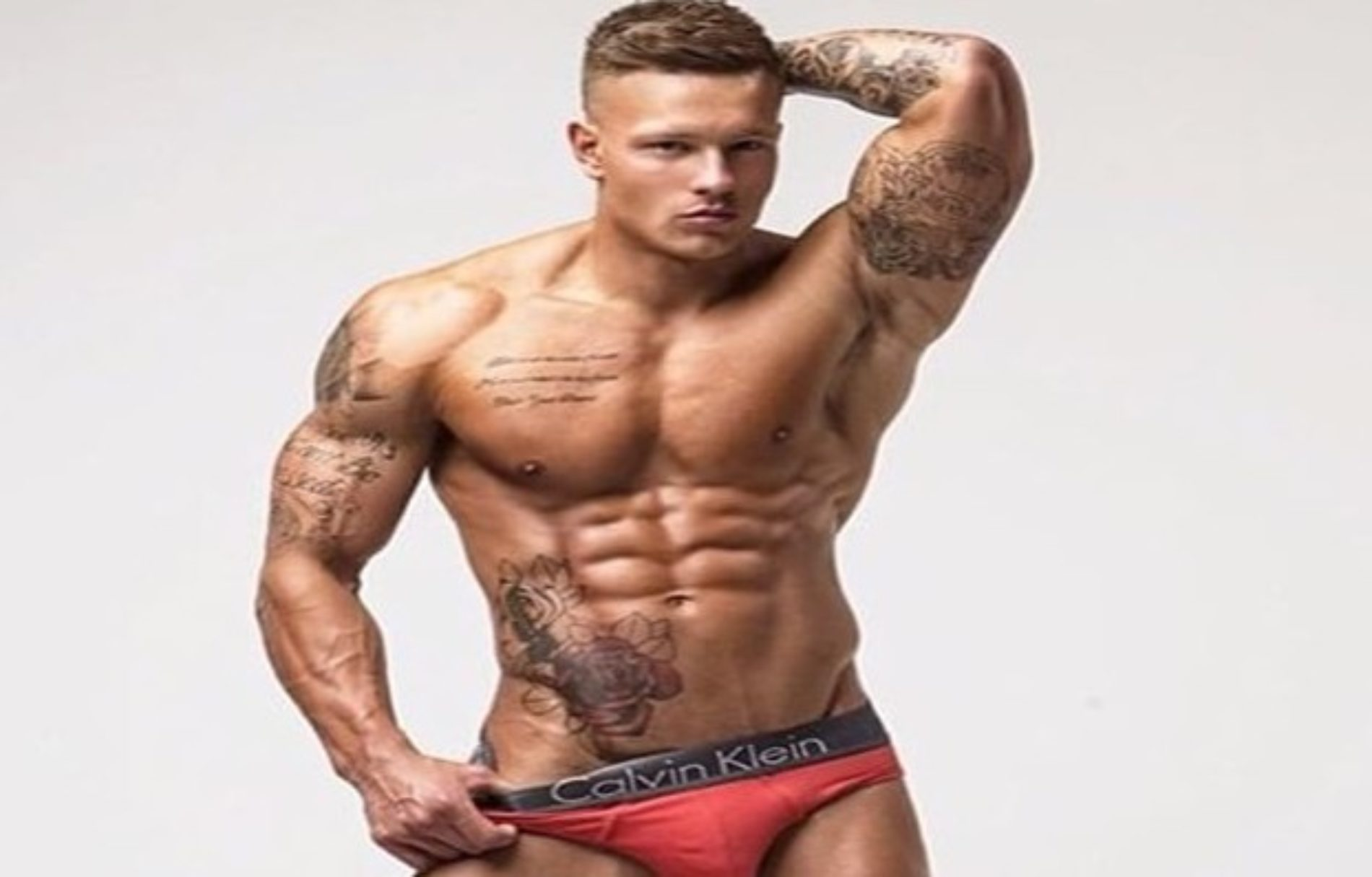 Reality Star Alex Bowen's Dick Pic May Have Broken The Internet