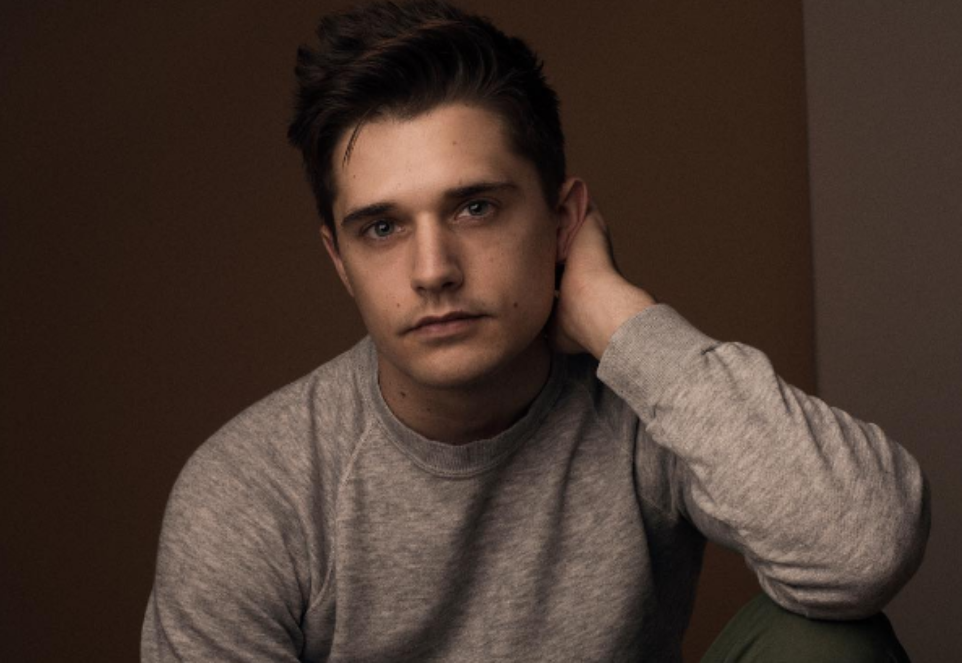 """""""How often do we really consider the B in LGBT?"""" Bisexual Broadway actor Andy Mientus address the stigma"""