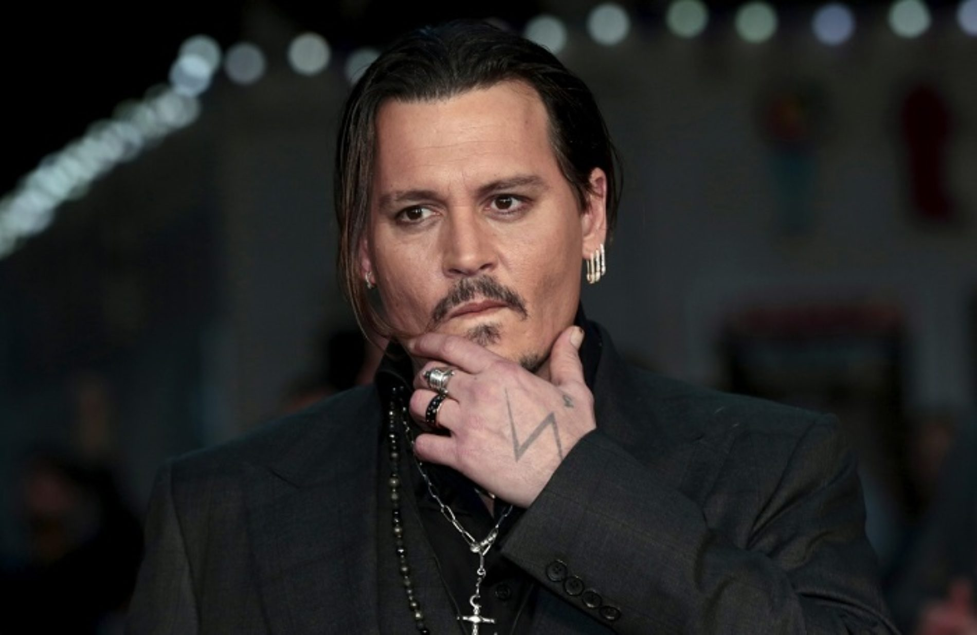 Johnny Depp might be Dumbledore's gay love interest in upcoming Harry Potter spin-off