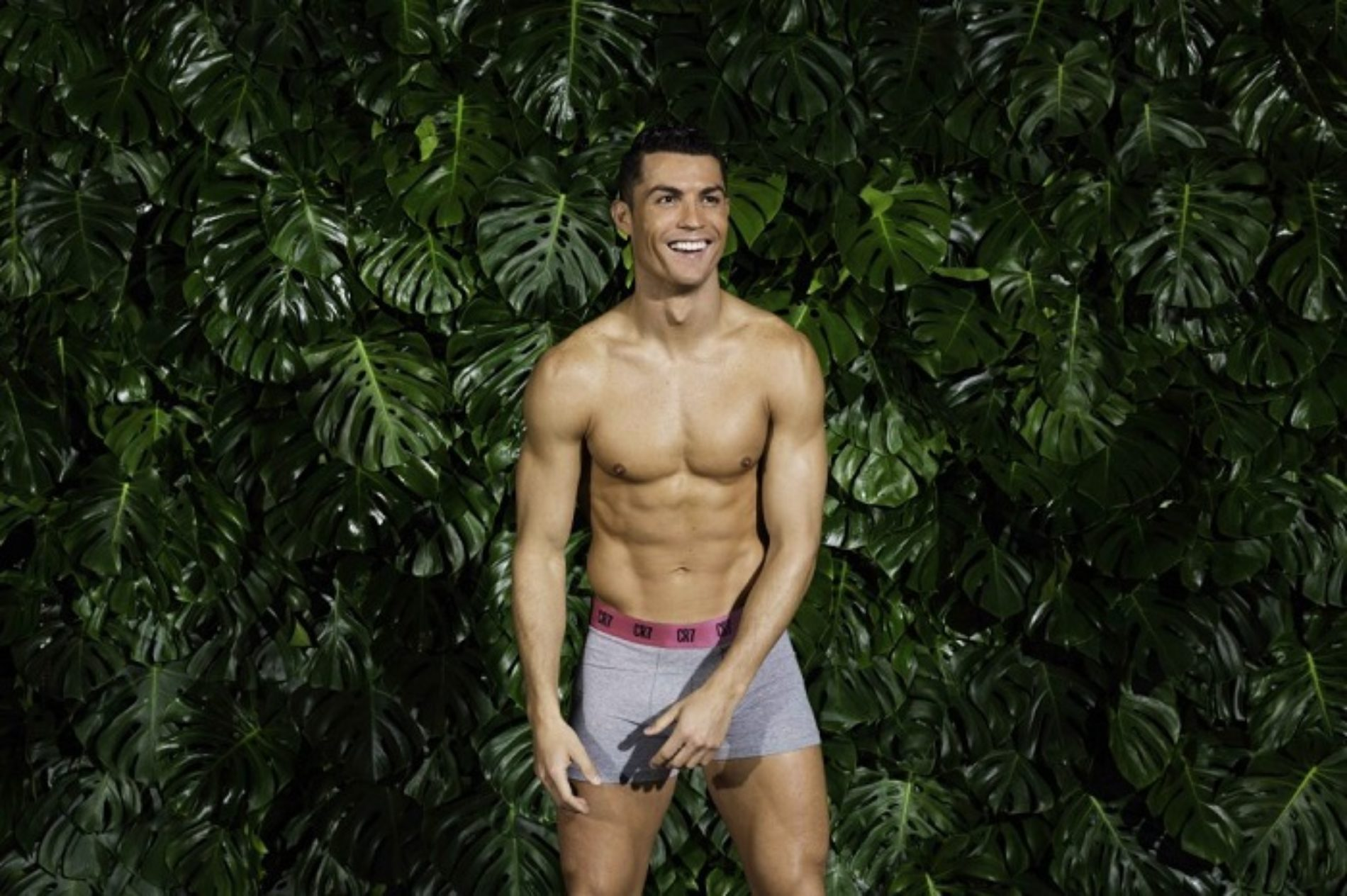Cristiano Ronaldo in those underwear photos though… sigh