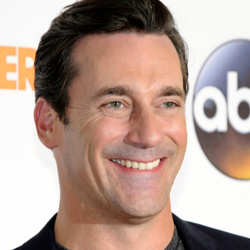 Photos of Jon Hamm's bulge send the internet on a meltdown