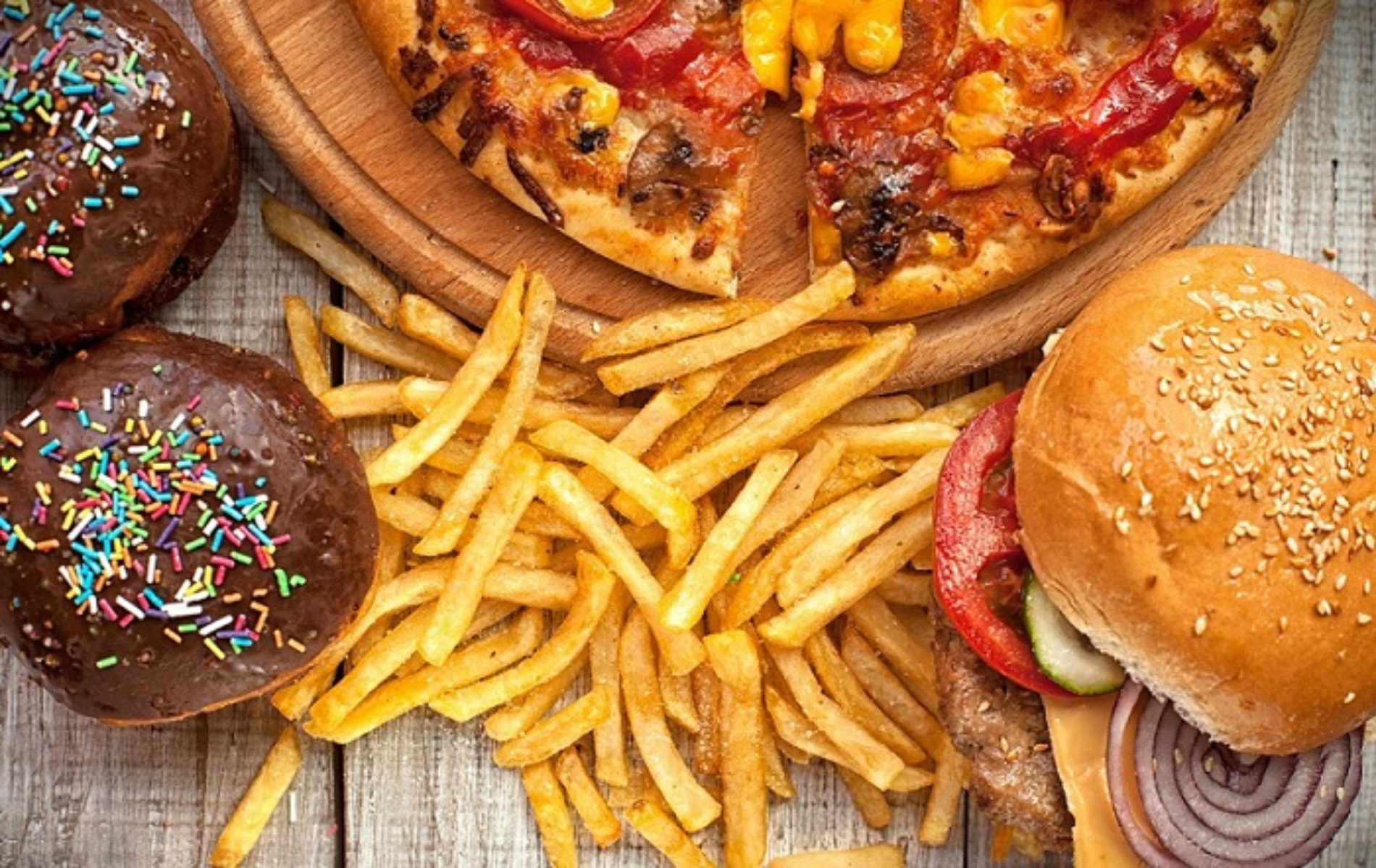 Can Eating Too Much Fatty Food Turn You Gay? This Study Seems To Think So.