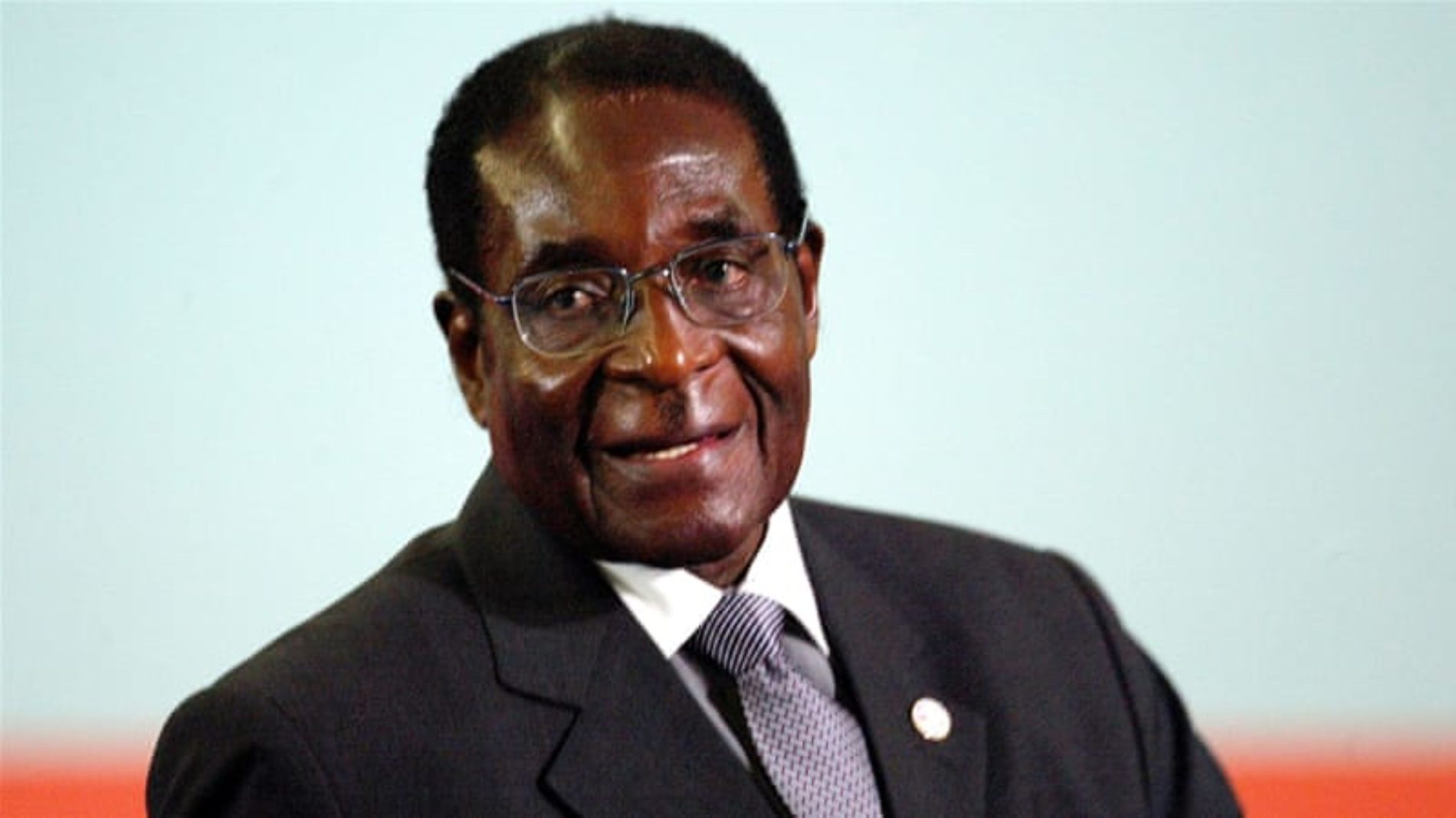 Robert Mugabe resigns as Zimbabwe's president