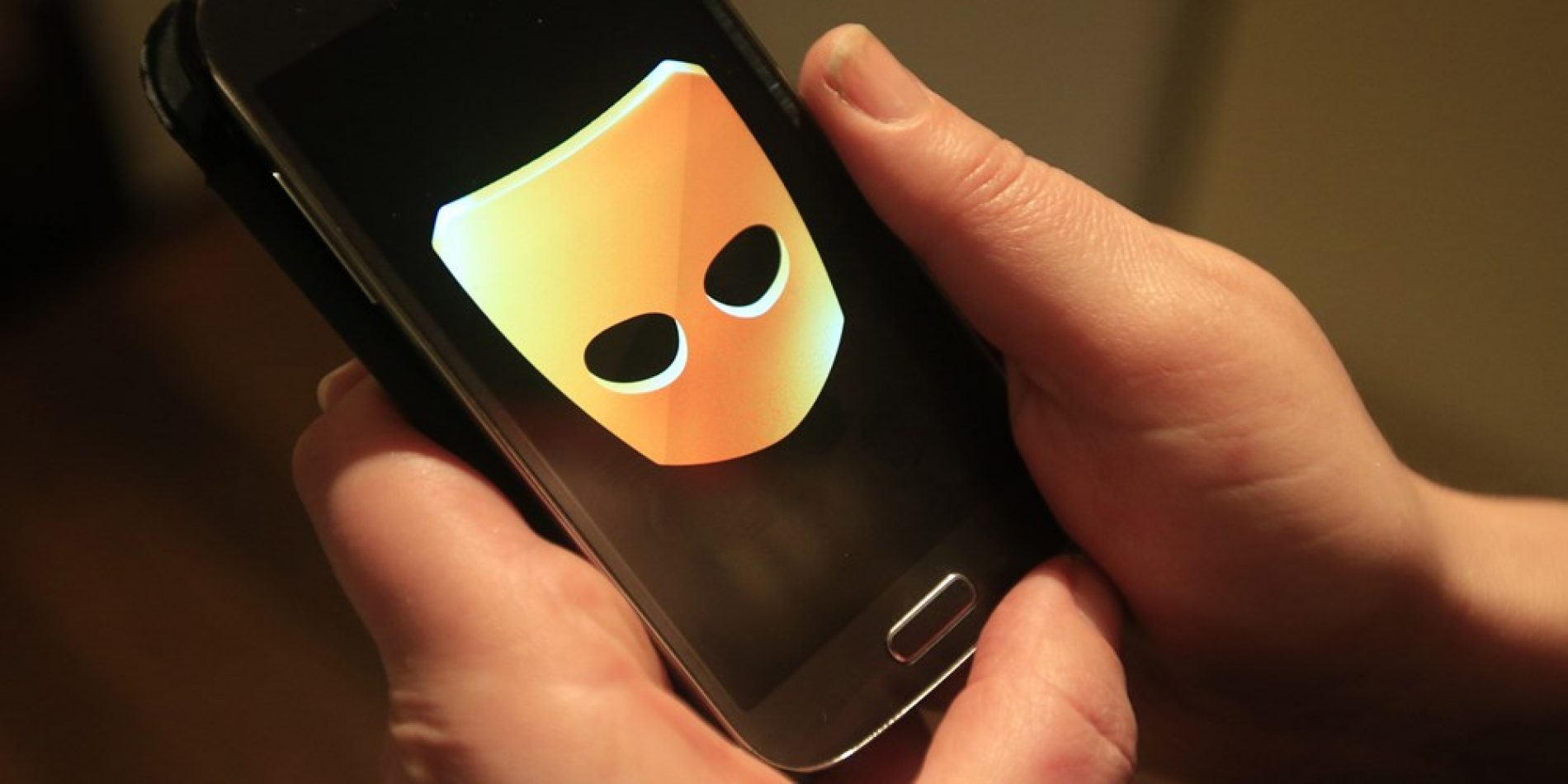 Grindr has a major security flaw that can pinpoint a user's exact location