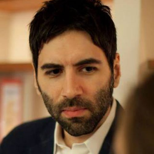 Author Roosh Valizadeh Suggests That Men Who Like Women's Butts Are Likely To Become Gay