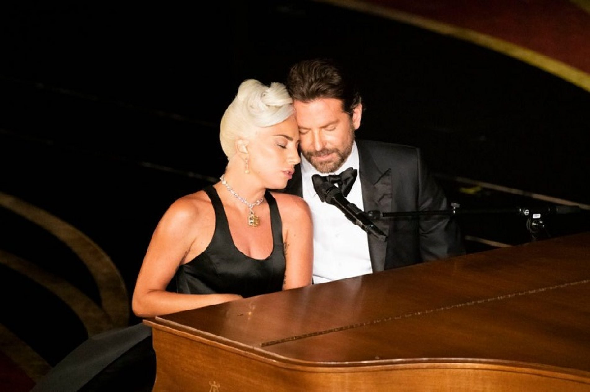Lady Gaga sets the record straight on those Bradley Cooper rumors