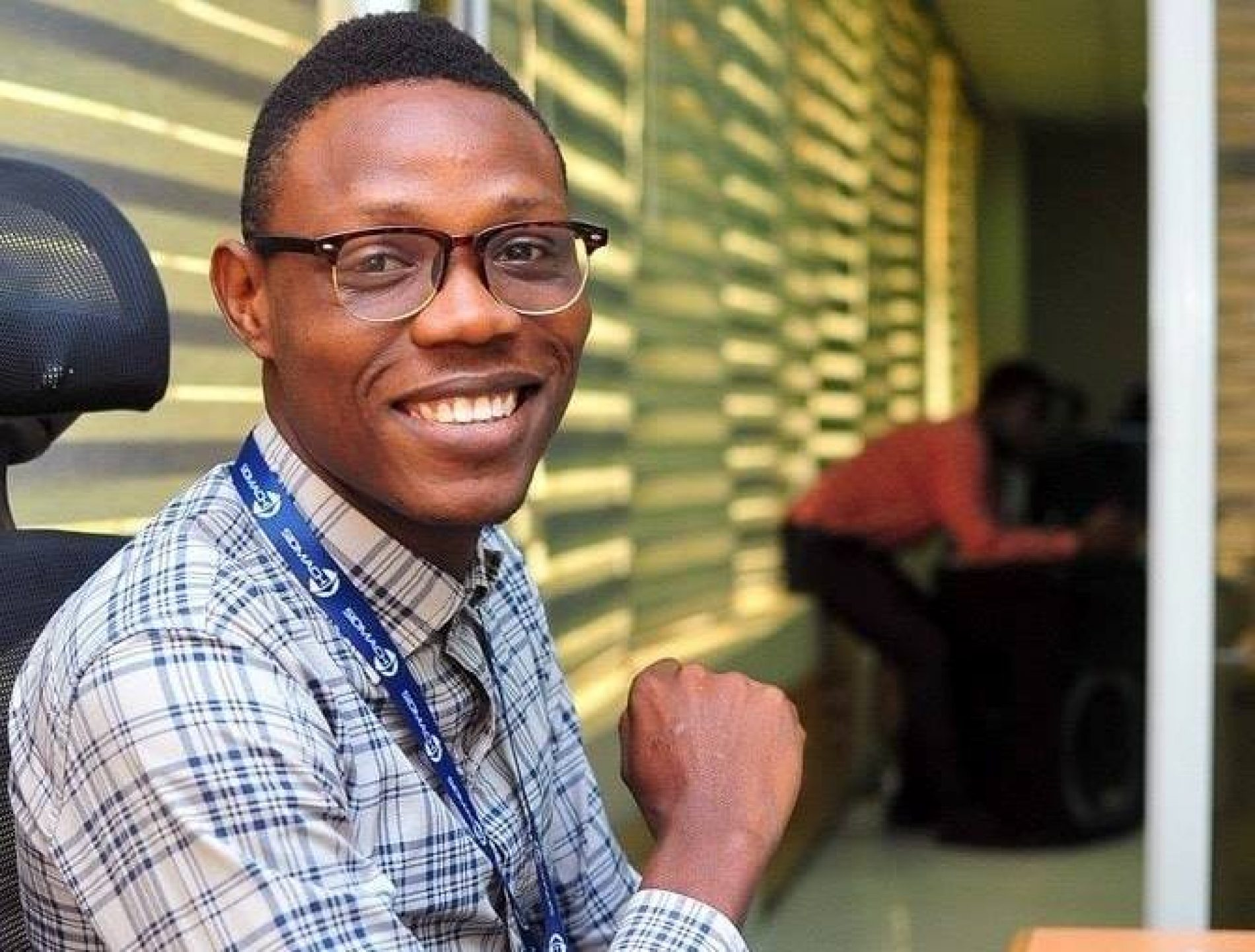 "Olumide Glowville ""apologizes"" to the LGBT Community following his online scandalization"