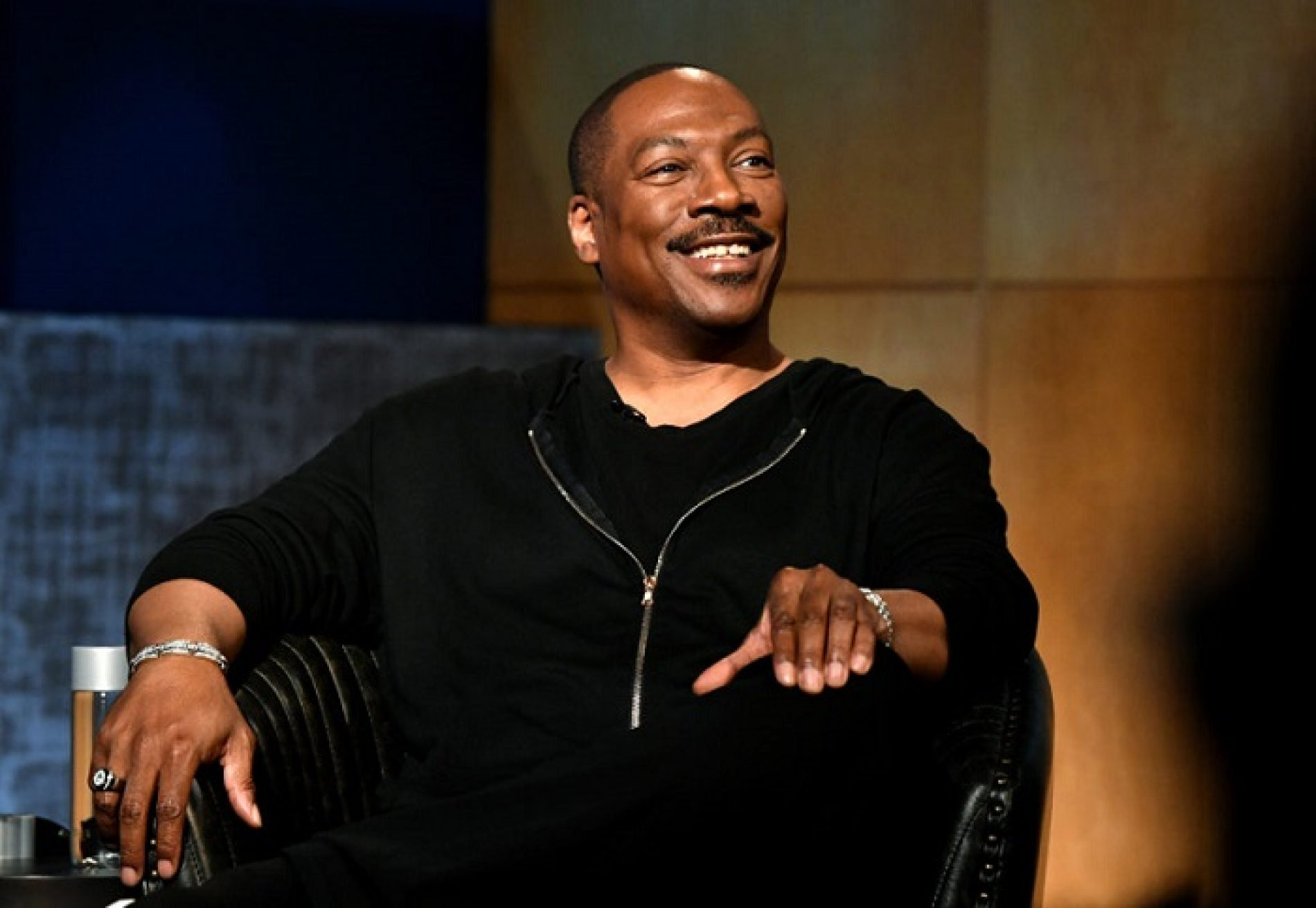 Eddie Murphy talks about regretting his 'ignorant' old jokes about AIDS and homosexuality