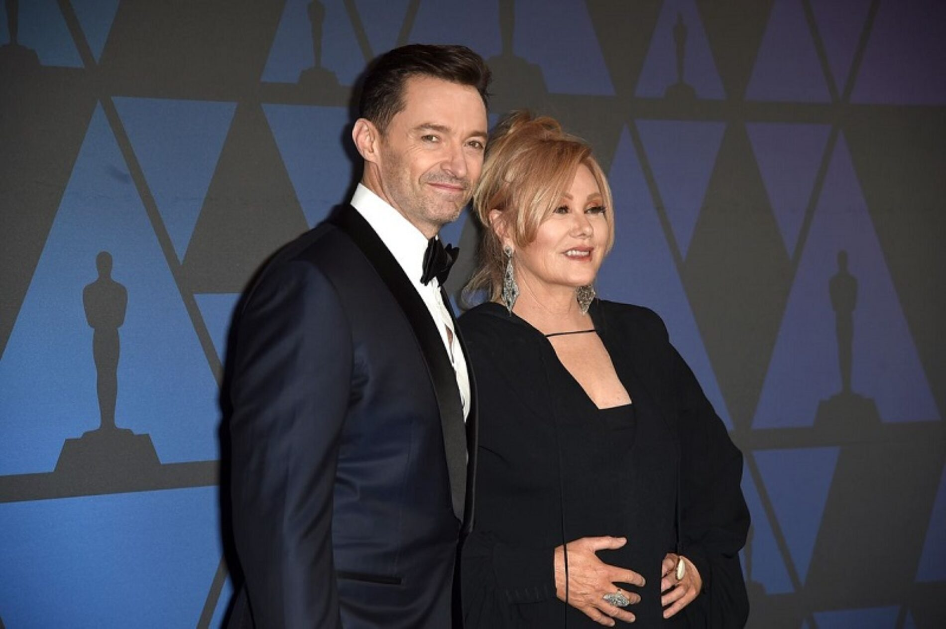 """Hugh Jackman's Wife has something to say about the """"Mean-Spirited"""" Gay Rumors surrounding her Husband"""