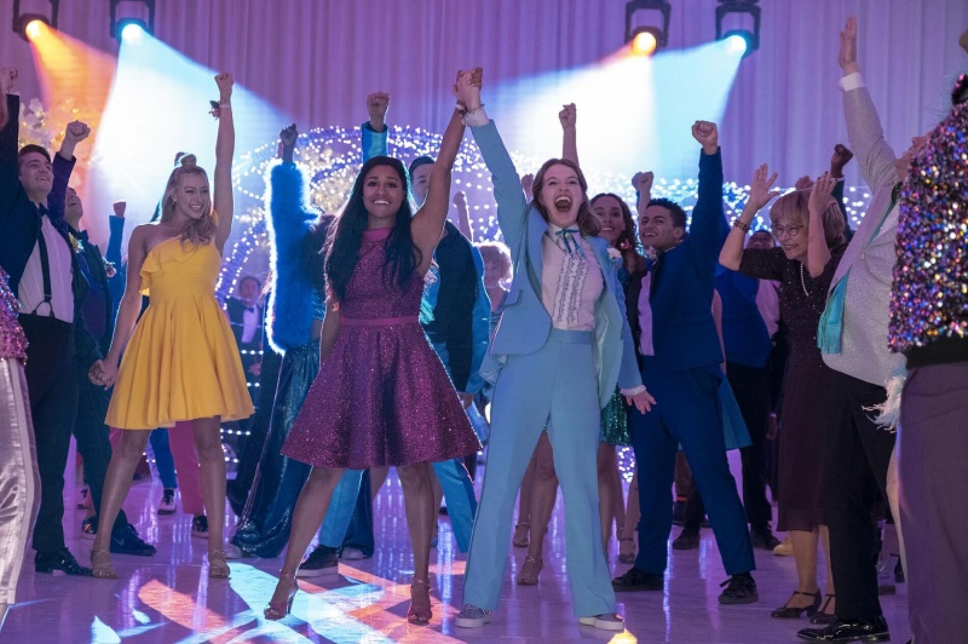 """Review: """"The Prom"""" Is The Queer Celebration We Need This Year"""