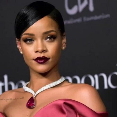 Rihanna is a Billionaire, and the Richest Female Musician in the World